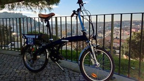 Lisbon in two wheels wiht Bike a Wish